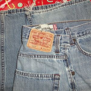 Levi's 569 Loose Straight Size 34x34 Jeans!